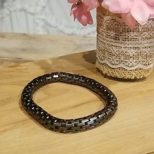 Gun metal snake link stretchable braclet
